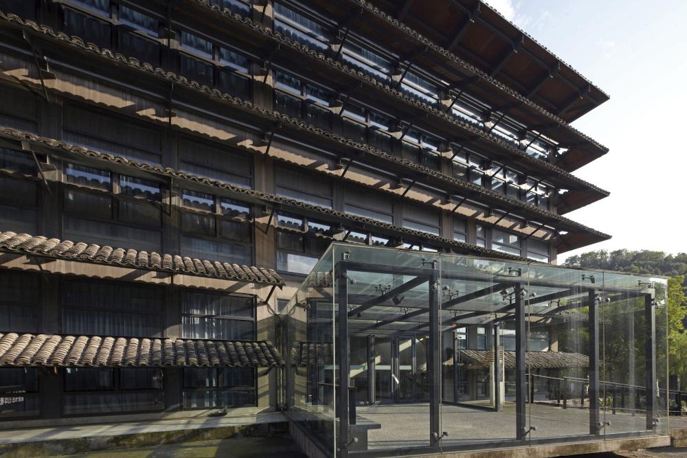 http://zeng-han.com/files/gimgs/32_wang-shu-hangzhou-china-academy-of-art-02.jpg