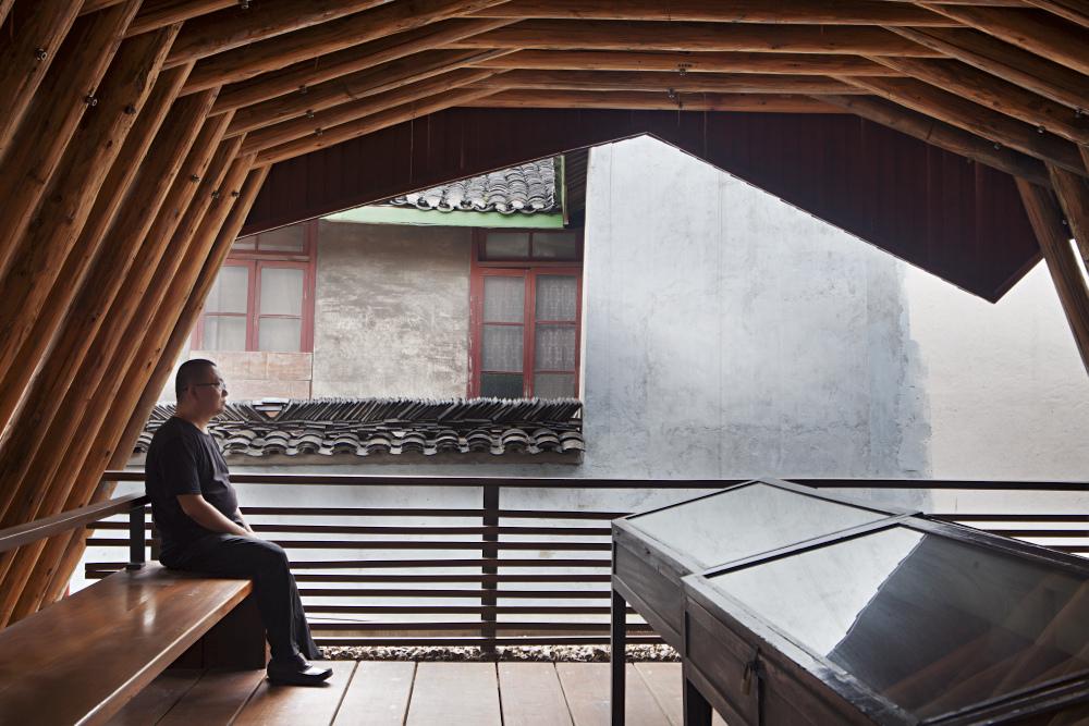 http://zeng-han.com/files/gimgs/32_wang-shu-hangzhou-imperial-street-of-southern-song-06.jpg