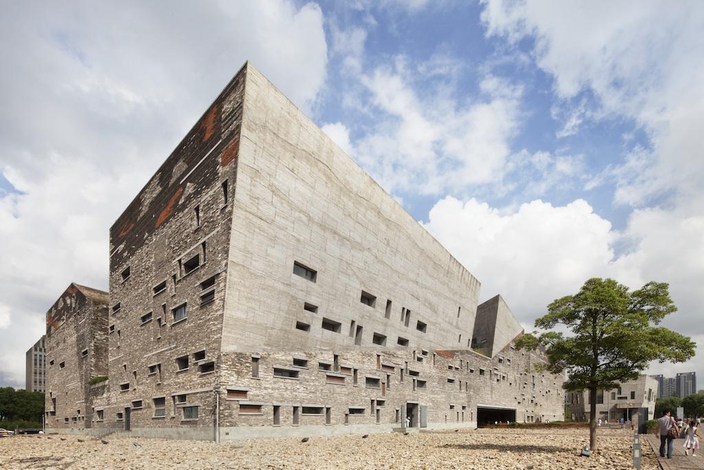 http://zeng-han.com/files/gimgs/32_wangshu-ningbo-museum-01.jpg