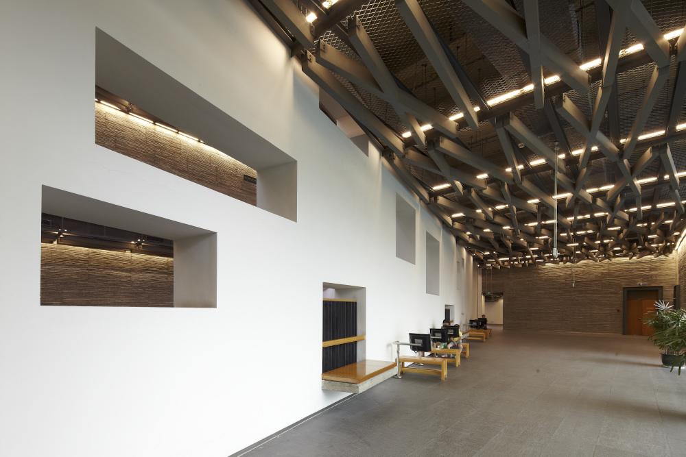 http://zeng-han.com/files/gimgs/32_wangshu-ningbo-museum-08.jpg