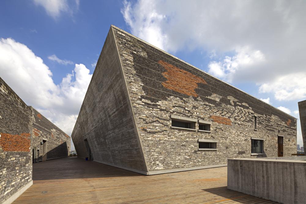 http://zeng-han.com/files/gimgs/32_wangshu-ningbo-museum-21.jpg