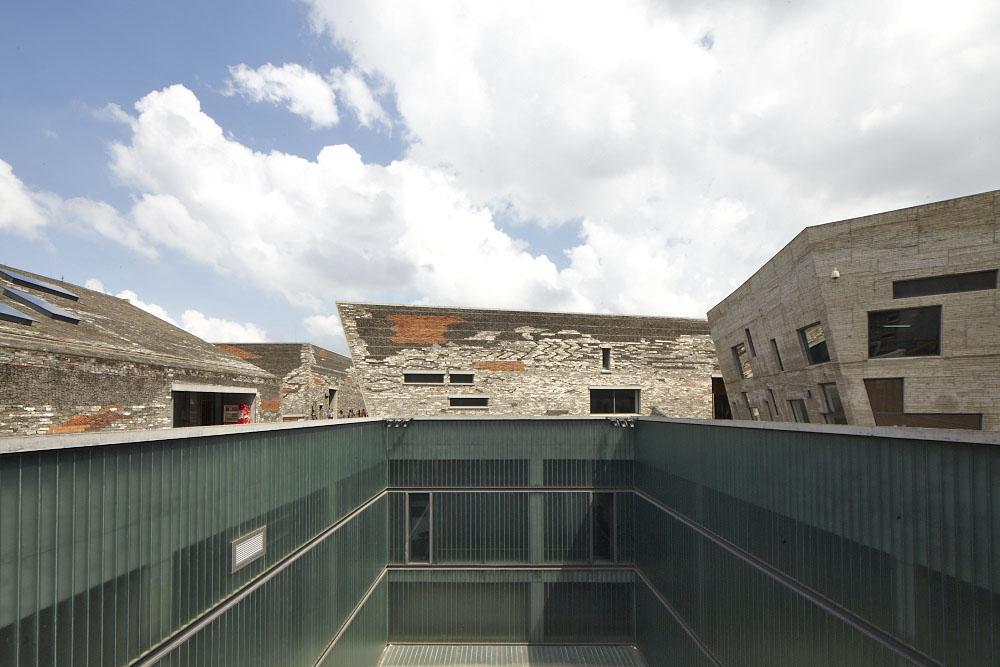 http://zeng-han.com/files/gimgs/32_wangshu-ningbo-museum-50.jpg