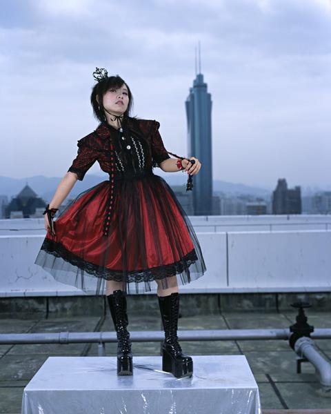 http://zeng-han.com/files/gimgs/3_soul-stealer-cosplay-05.jpg